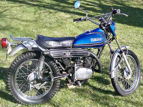 Yamaha 125 [AT2]
